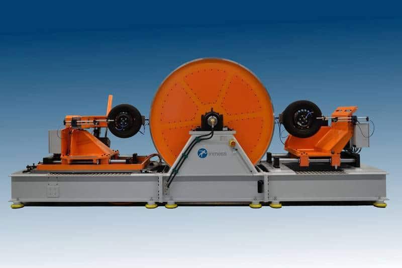Dynamischer Felgen-Abroll-Prüfstand (DRT)